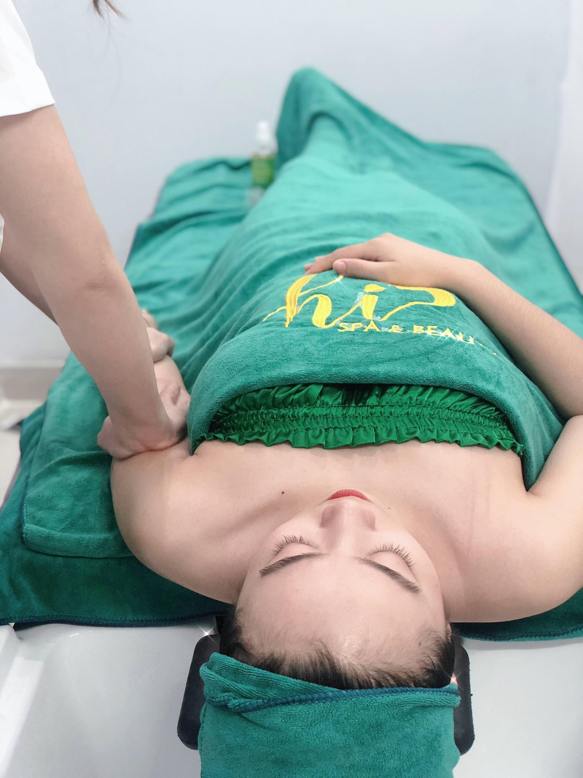 Lợi ích khi massage tay có thể bạn chưa biết